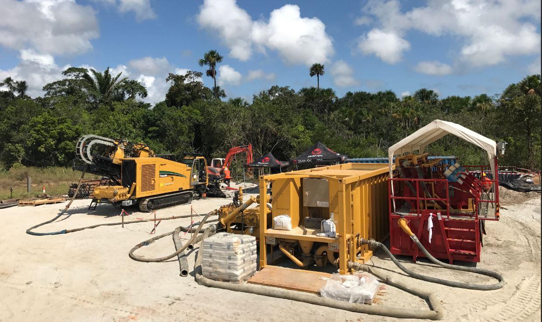 Nos équipes de travaux publics interviennent aussi pour la réalisation des fouilles ou pour les raccordements d'un bout à l'autre des ouvrages de forage dirigé